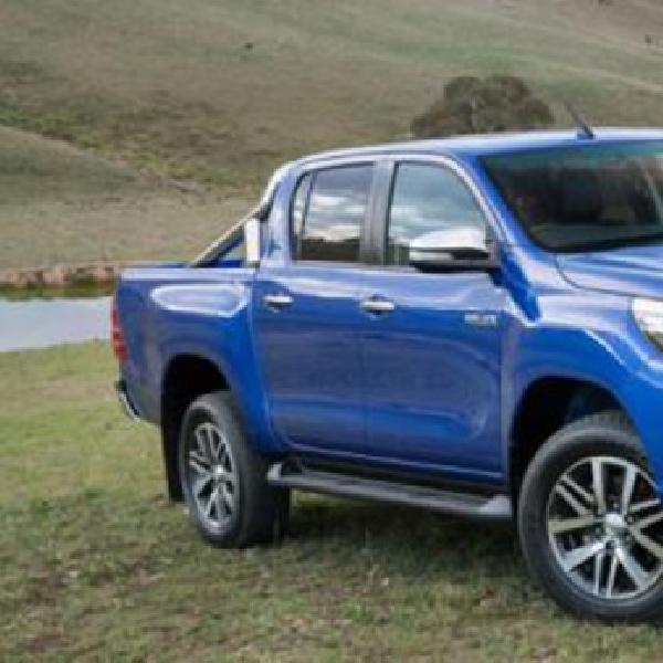 Toyota Resmi kenalkan Spesifikasi Toyota Hilux 2016