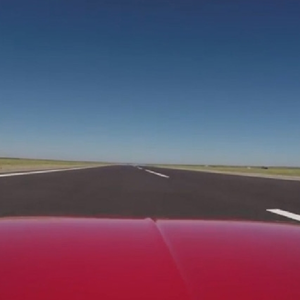 Kawasaki H2R Sanggup Ungguli Bugatti Veyron