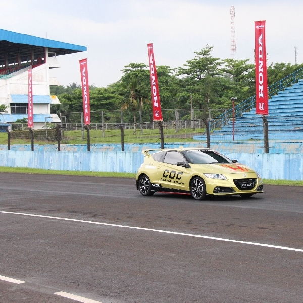 Honda CR-Z Tampil Sebagai Official Car FIM ARRC di Sentul