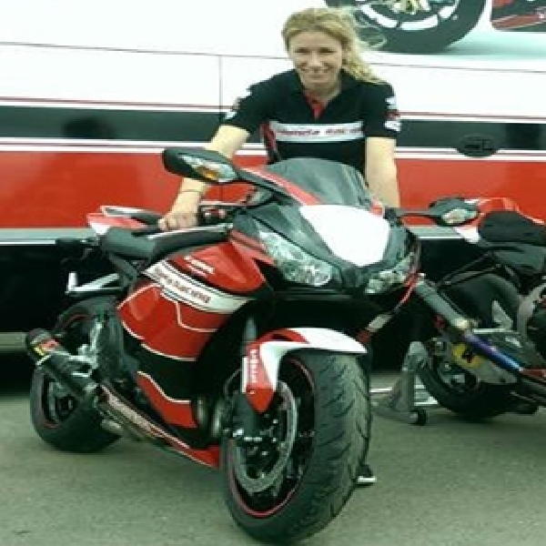 Honda CBR Replika Tim Balap British Superbike Cuma 50 Unit