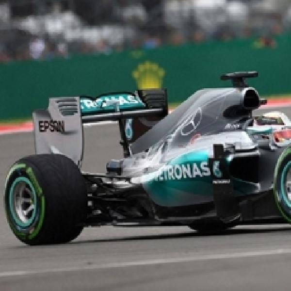 F1: Hamilton Menangi Balapan Berkat Strategi Pit-stop Gemilang