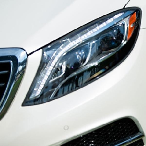 Modifikasi Mercedes-Benz S550 - Stance Seksi dengan Velg Custom
