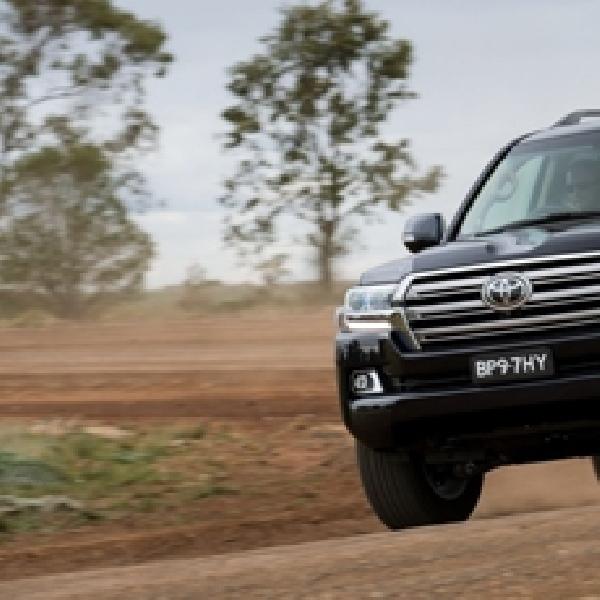Toyota Land Cruiser Facelift Mulai Berani Tampakan Diri