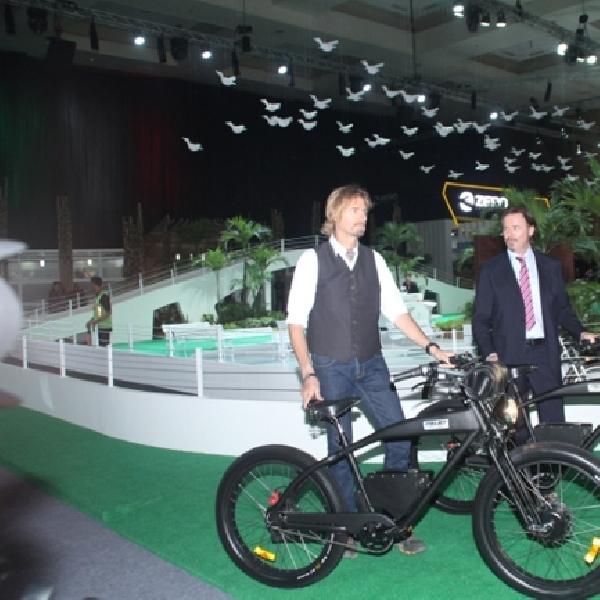 Garansindo Group Resmikan Sepeda Elektrik Italjet