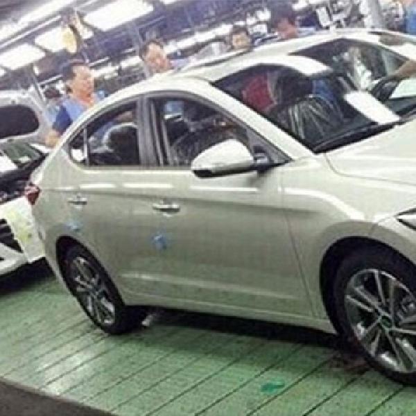 Hyundai Elantra 2017 Mulai Bocor
