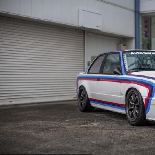 BMW E30 C2 2.7L Street Racing