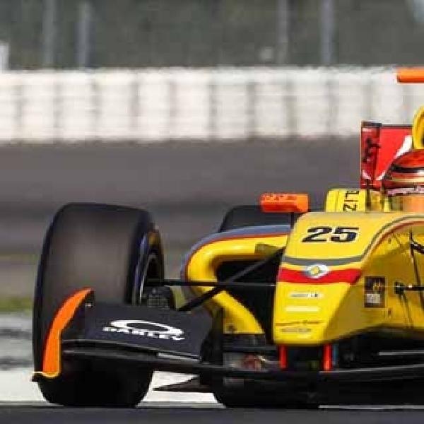 Sean Terkendala Masalah Teknis di Nurburgring