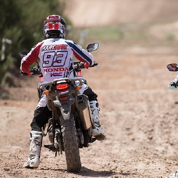 Marc Marquez Geber Honda Africa Twin
