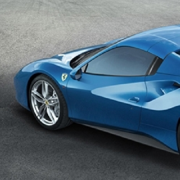 Inilah Spesifikasi Ferrari 488 Spider