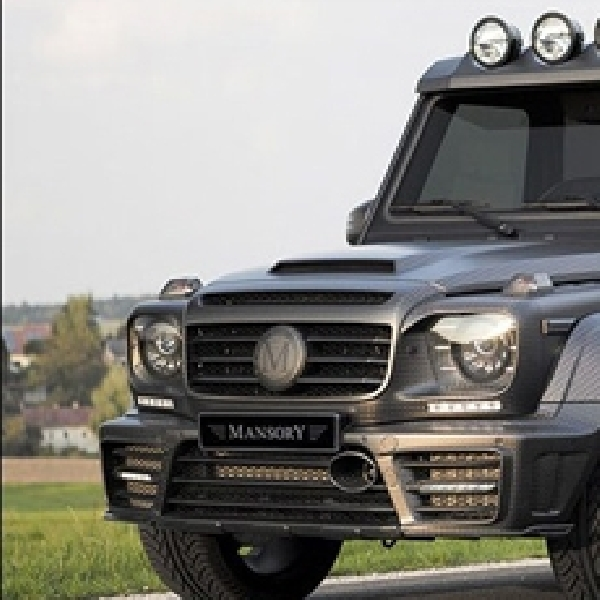 Modifikasi Mercedes-Benz G63 AMG by Mansory Tampil Bengis