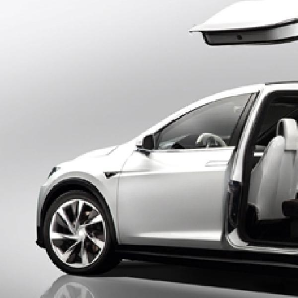 Kehadiran Tesla Model X SUV Terganjal Masalah