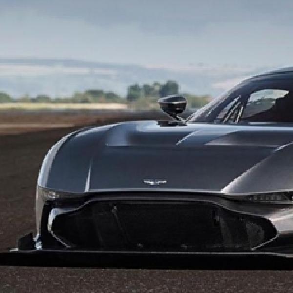 Aston Martin Vulcan Vs Pesawat Jet Vulcan