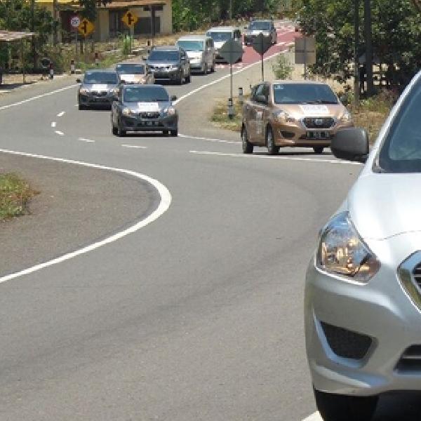 Giliran Jalanan Sulawesi Yang Diterjang Datsun Risers