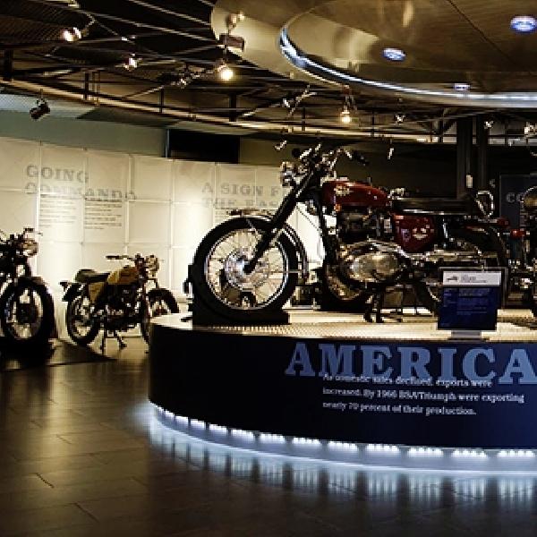 Harley-Davidson Ajak Penggemarnya ke Museum HD