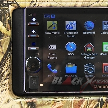 Head unit Clarion AX-1  berbasis Android