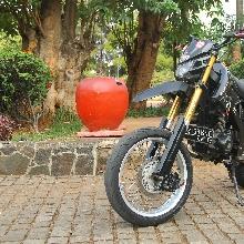 Honda Megapro ala Supermoto