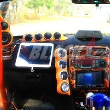 Dashboard dilapis bahan suede