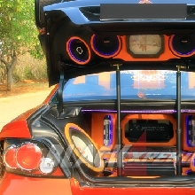 Full audio system pada bagasi