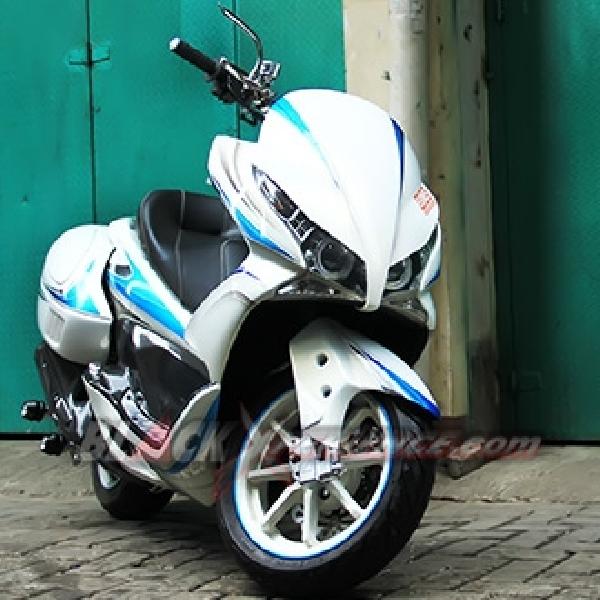 Honda PCX 150 Garapan BMS Refleksikan Aura Sporty Elegan
