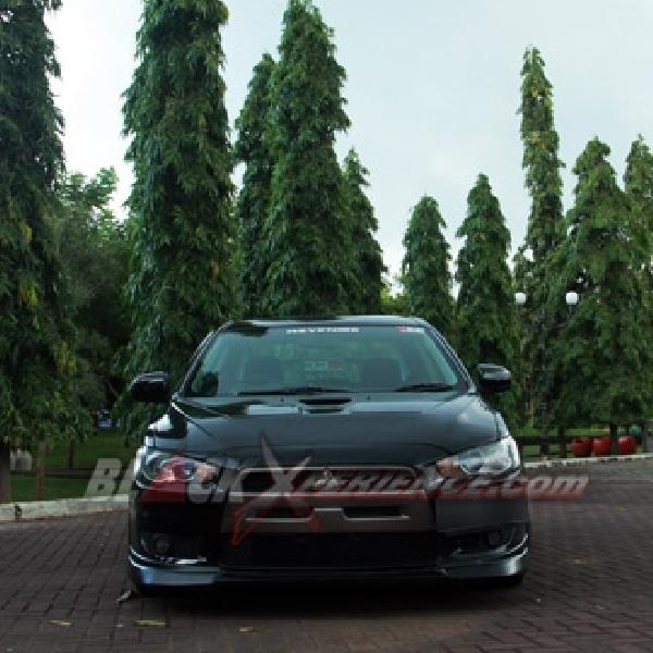 Modifikasi Mitsubishi Lancer EX 2008 Bertema Balap