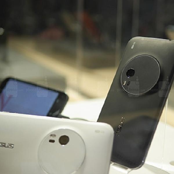 Asus ZenFone Zoom Curi Perhatian di CES 2015