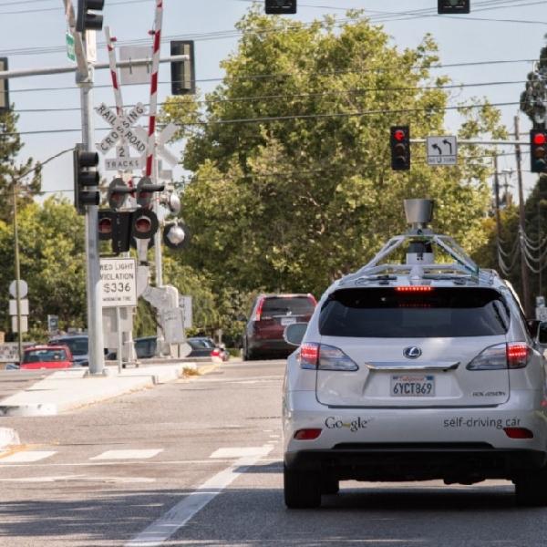 Tempuh Jarak 2,7 Juta Kilo, Mobil Tanpa Awak Google Terbilang Sukses