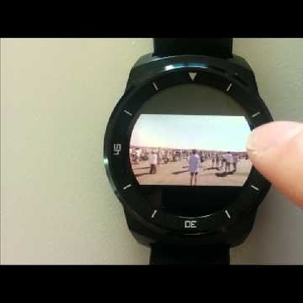 Streaming YouTube di Android Wear? Bisa!