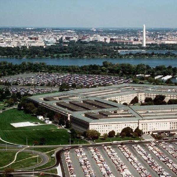 Rusia Retas Pentagon, Kunci 4000 akun Email Staffnya