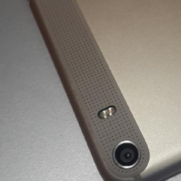 Lenovo Lepas Seri Phablet Perdananya, PHAB dan PHAB Plus