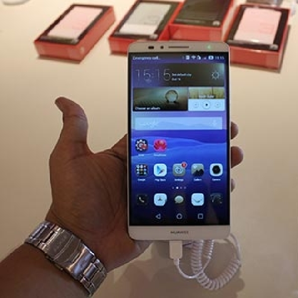 Huawei Gandeng Trikomsel Luncurkan Huawei Ascend Mate7 dan Ascend P7