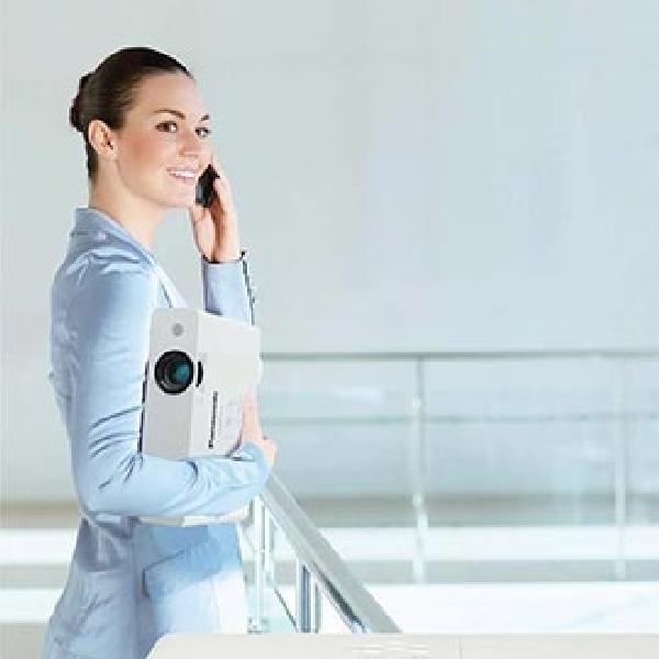Panasonic PT-LB Series Proyektor dengan Daya Tahan dan Performa Tinggi untuk Kebutuhan Bisnis dan Pendidikan